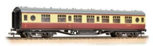 Bachmann 39-465A BR (ex-LMS) 57ft Porthole Corridor Composite, Crimson/Cream, Weathered